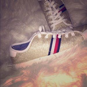 Tommy's women's shoe